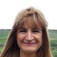Ella Evans's profile photo